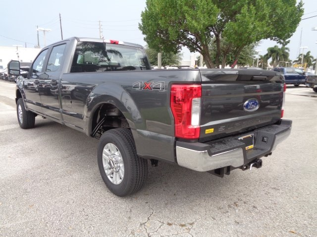 2018 F-250 Crew Cab 4x4,  Pickup #HC87245 - photo 6
