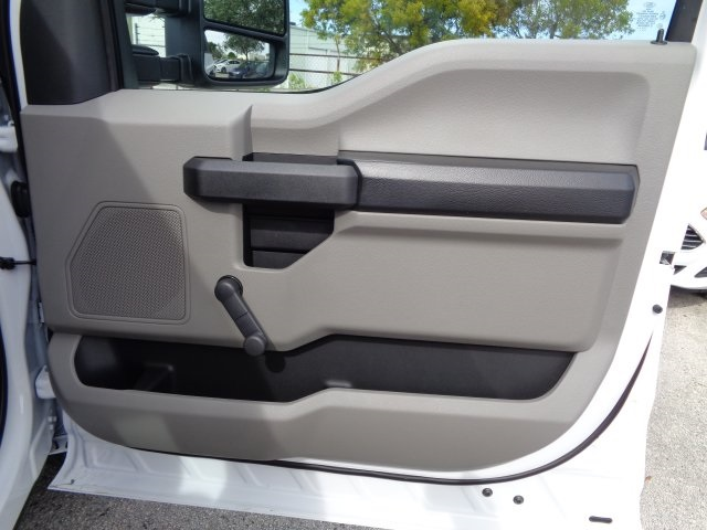 2017 F-250 Regular Cab Pickup #HE79022 - photo 23