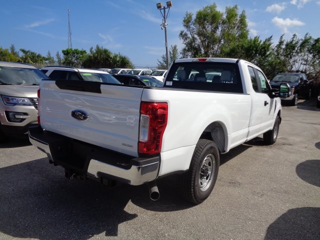 2017 F-250 Super Cab Pickup #HE79030 - photo 2