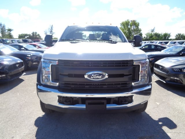 2017 F-550 Crew Cab DRW, Cab Chassis #HF22796 - photo 3
