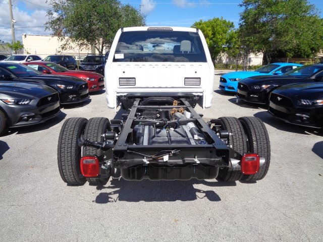2017 F-550 Crew Cab DRW, Cab Chassis #HF22796 - photo 2