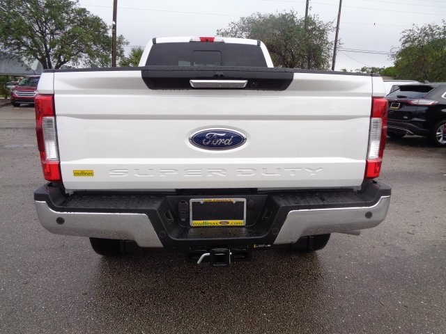 2017 F-350 Crew Cab 4x4, Pickup #HF43381 - photo 4