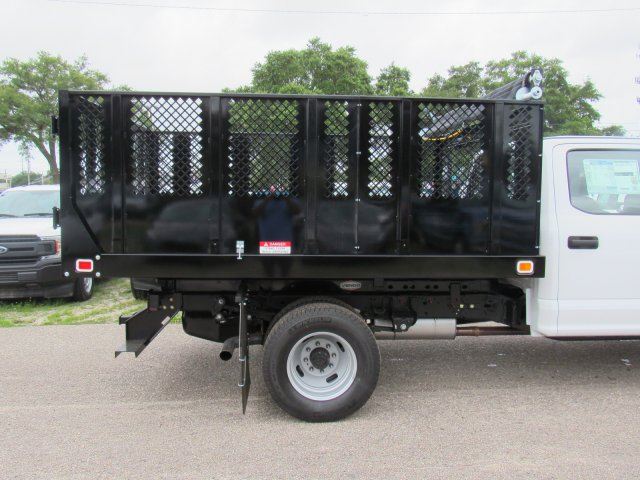 2018 F-350 Crew Cab DRW 4x2,  Knapheide Platform Body #181010 - photo 4