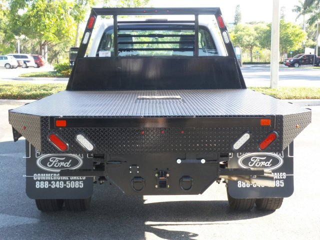 2016 F-550 Regular Cab DRW, Platform Body #GEB33440 - photo 4