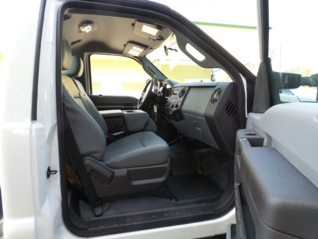2016 F-550 Regular Cab DRW 4x4, Cab Chassis #GEC32865 - photo 16