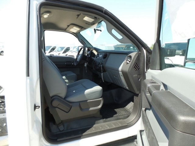 2016 F-450 Regular Cab DRW 4x4, Cab Chassis #GEC45554 - photo 11