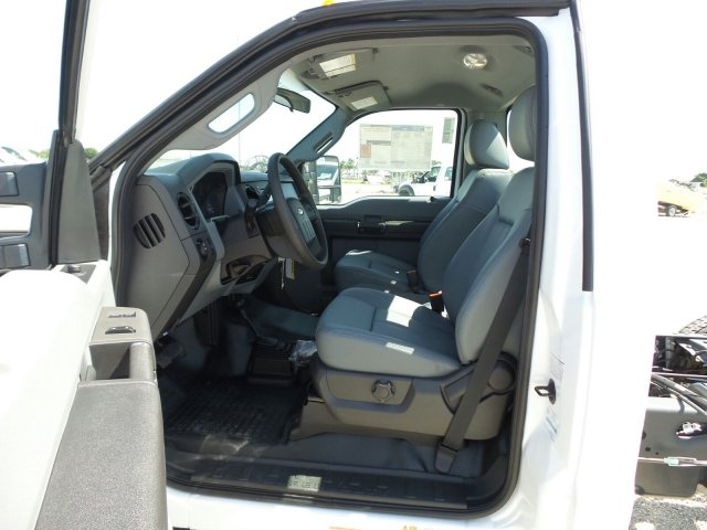2016 F-450 Regular Cab DRW 4x4, Cab Chassis #GEC45554 - photo 14