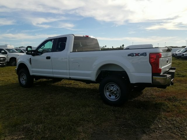 2017 F-350 Super Cab 4x4, Pickup #HEF31378 - photo 6