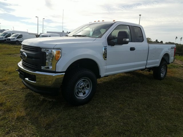 2017 F-350 Super Cab 4x4, Pickup #HEF31378 - photo 7