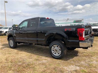 2018 F-250 Super Cab 4x4, Pickup #JEB04964 - photo 4