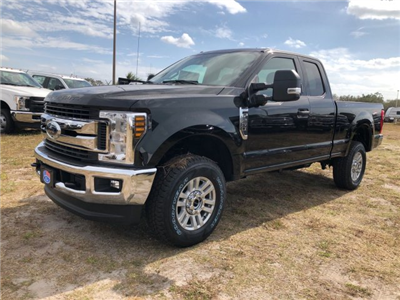 2018 F-250 Super Cab 4x4, Pickup #JEB04964 - photo 3