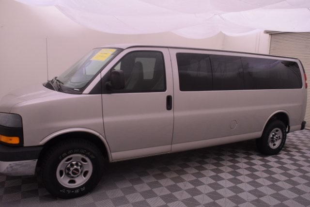 2007 Savana 3500,  Passenger Wagon #148272 - photo 6