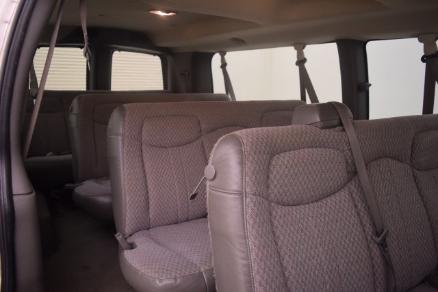 2007 Savana 3500,  Passenger Wagon #148272 - photo 8