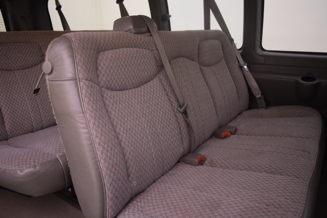 2007 Savana 3500,  Passenger Wagon #148272 - photo 15
