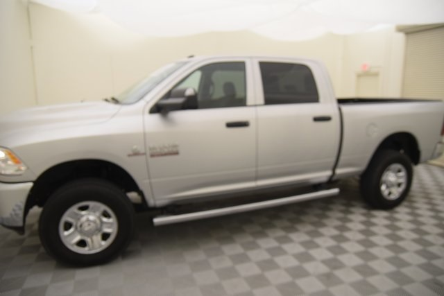 2016 Ram 2500 Crew Cab 4x4, Pickup #231427 - photo 9