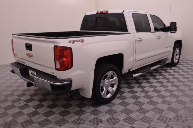 2016 Silverado 1500 Crew Cab 4x4, Pickup #341030 - photo 2