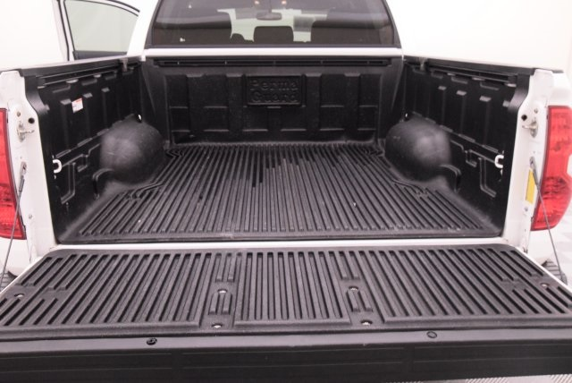 2015 Tundra Crew Cab, Pickup #454255 - photo 31