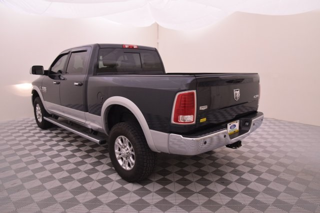 2015 Ram 2500 Crew Cab 4x4 Pickup #527384 - photo 4