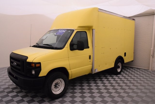 2008 E-350, Cutaway Van #A10648 - photo 7