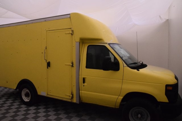2008 E-350, Cutaway Van #A10648 - photo 14