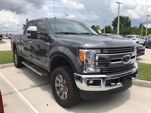 2017 F-250 Crew Cab 4x4, Pickup #B74391 - photo 2