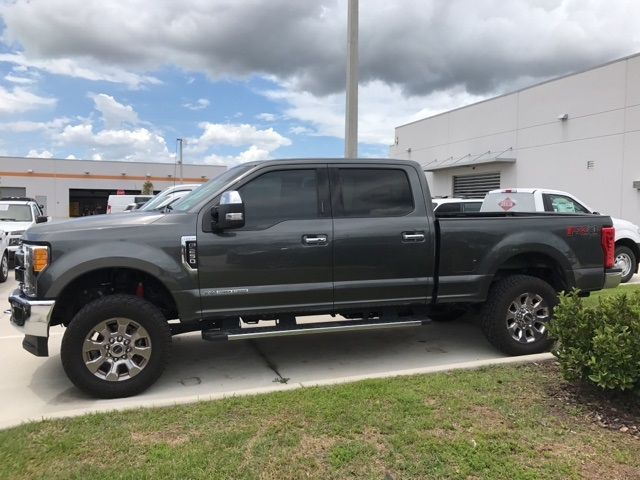 2017 F-250 Crew Cab 4x4, Pickup #B74391 - photo 8