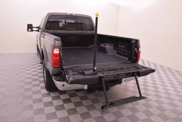 2015 F-250 Crew Cab 4x4 Pickup #C00226 - photo 9
