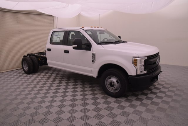 2018 F-350 Crew Cab DRW, Cab Chassis #HB43485 - photo 3