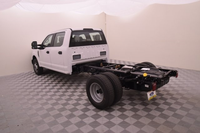 2018 F-350 Crew Cab DRW, Cab Chassis #HB43485 - photo 6