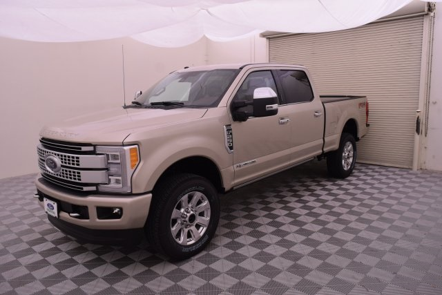 2018 F-250 Crew Cab 4x4,  Pickup #HC87362 - photo 4