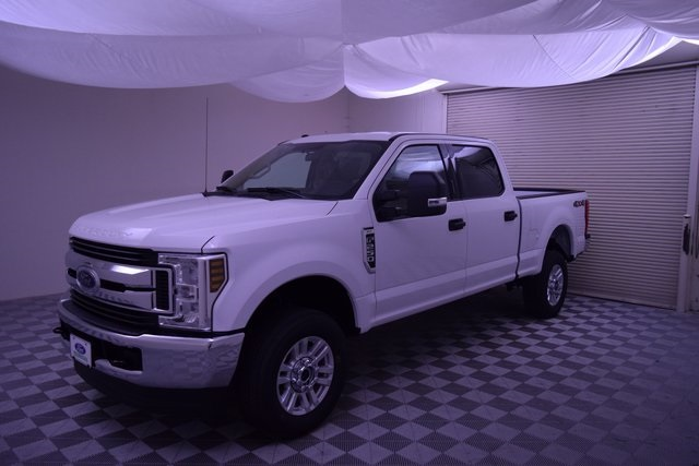 2018 F-250 Crew Cab 4x4,  Pickup #HC98551 - photo 4