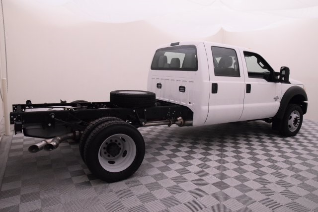 2016 F-550 Crew Cab DRW 4x4, Cab Chassis #HD15519 - photo 2