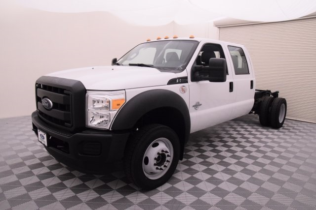 2016 F-550 Crew Cab DRW 4x4, Cab Chassis #HD15519 - photo 4