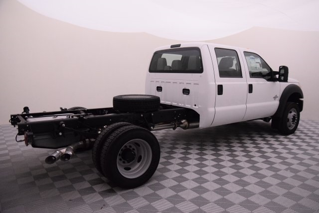 2016 F-550 Crew Cab DRW 4x4, Cab Chassis #HD15520 - photo 2