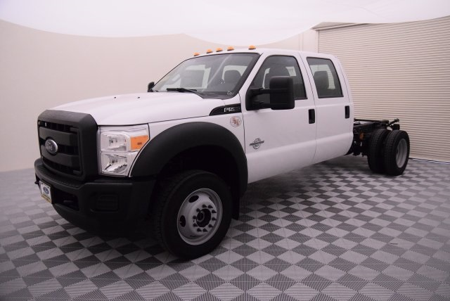 2016 F-550 Crew Cab DRW 4x4, Cab Chassis #HD15520 - photo 3
