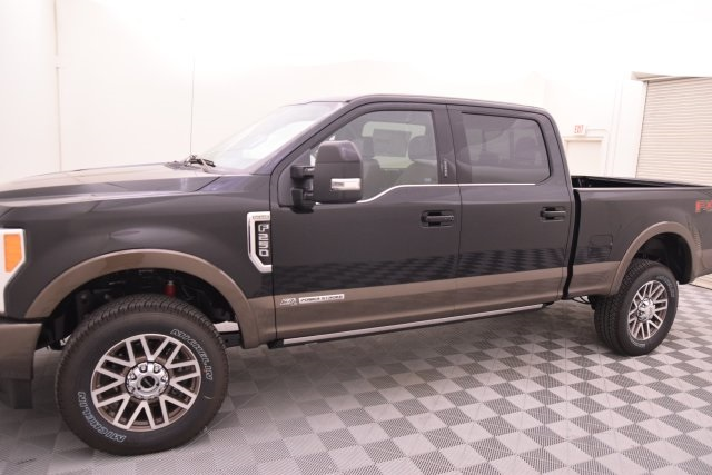 2017 F-250 Crew Cab 4x4 Pickup #HE91947 - photo 5