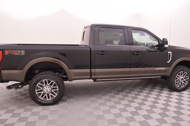2017 F-250 Crew Cab 4x4 Pickup #HE91947 - photo 8