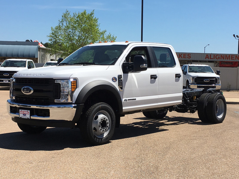 2017 F-450 Crew Cab DRW, Cab Chassis #HED21571 - photo 5