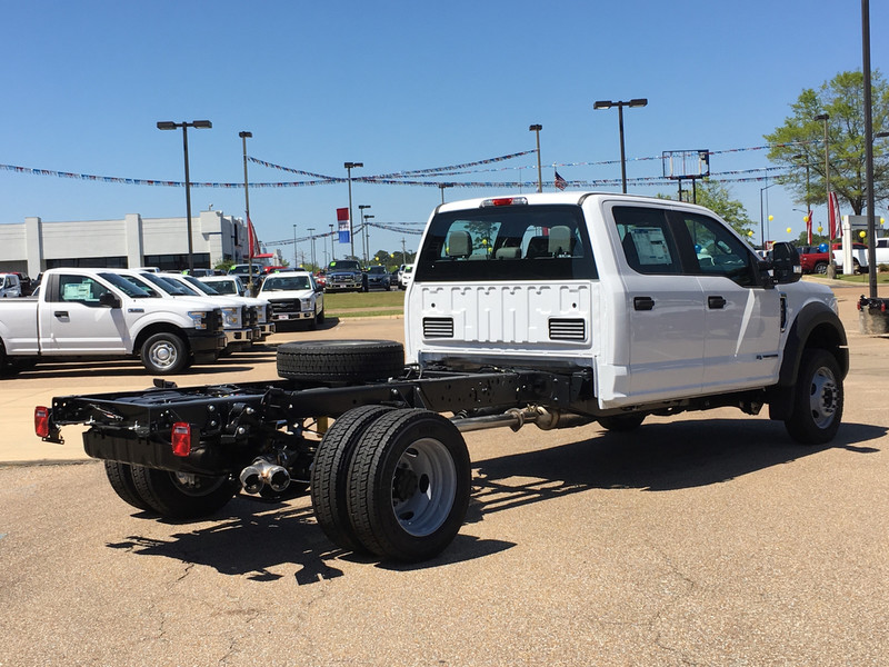 2017 F-450 Crew Cab DRW, Cab Chassis #HED21572 - photo 2