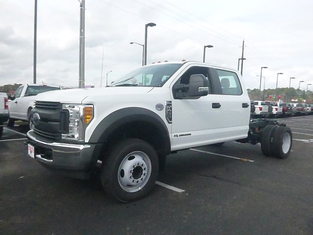 2017 F-450 Crew Cab DRW, Cab Chassis #HED46604 - photo 3