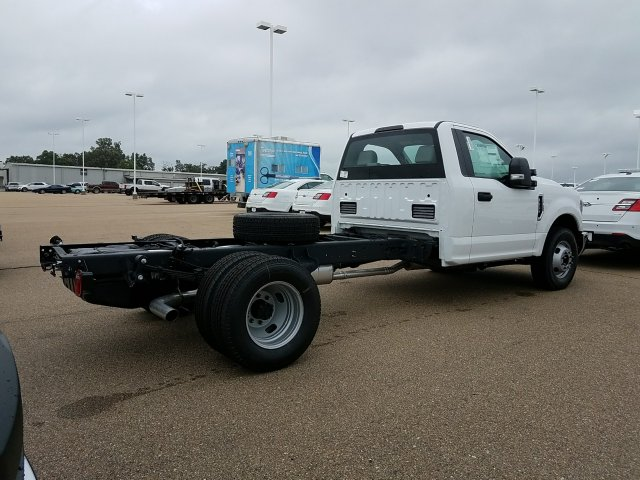 2018 F-350 Regular Cab DRW 4x2,  Cab Chassis #JEC53178 - photo 2