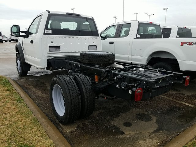 2018 F-450 Regular Cab DRW 4x2,  Cab Chassis #JEC64119 - photo 3