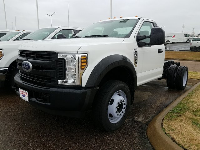 2018 F-450 Regular Cab DRW 4x2,  Cab Chassis #JEC64119 - photo 4