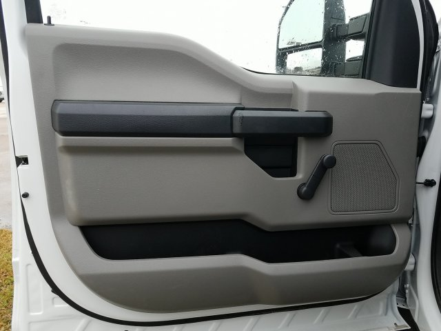 2018 F-450 Regular Cab DRW 4x2,  Cab Chassis #JEC64119 - photo 7