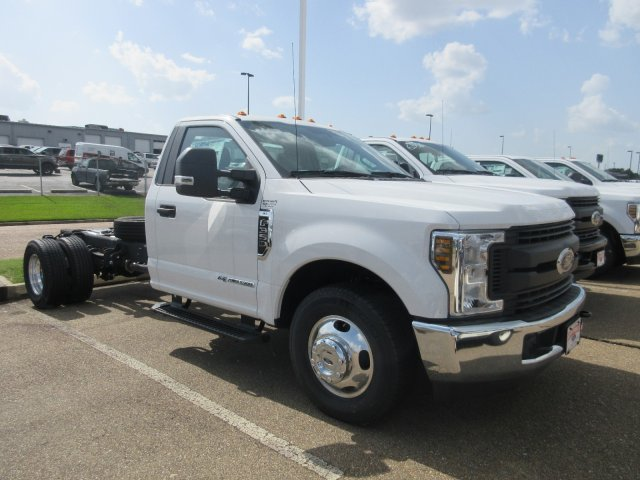 2019 F-350 Regular Cab DRW 4x2,  Cab Chassis #KED02151 - photo 3