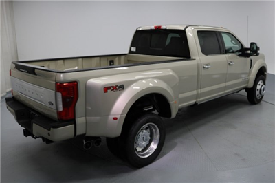 2017 F-450 Crew Cab DRW 4x4 Pickup #FTH2329 - photo 7