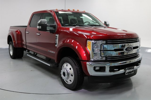 2017 F-450 Crew Cab DRW 4x4 Pickup #FTH2365 - photo 3