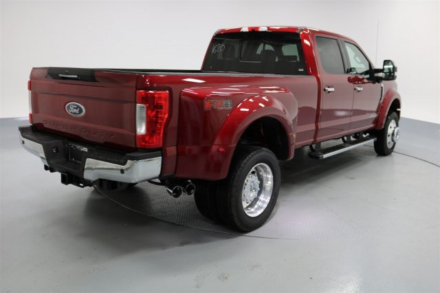 2017 F-450 Crew Cab DRW 4x4 Pickup #FTH2365 - photo 6