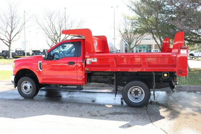 2017 F-350 Regular Cab DRW 4x4, Rugby Dump Body #FTH2827 - photo 5