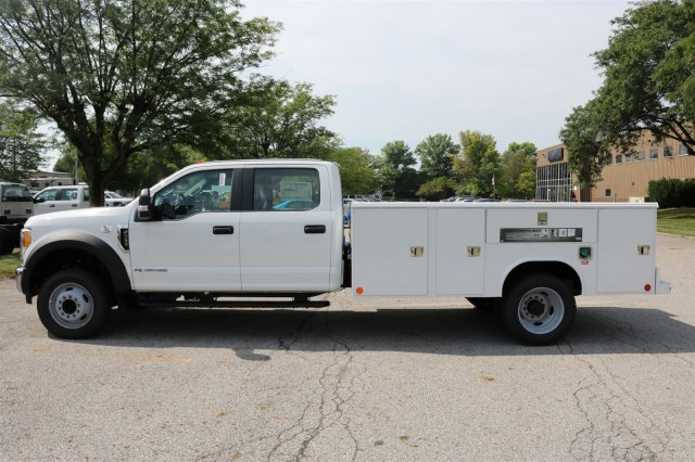 2017 F-550 Crew Cab DRW, Reading Classic II Steel Service Body #FTH3949 - photo 5